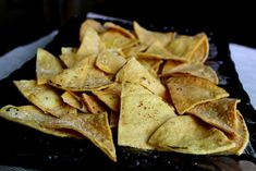 Recipe: How to Make Tortilla Chips (Fried in Coconut Oil! Kitchen Recipes, Snack Recipes, Healthy Recipes, Snacks, How To Make Chips, How To Make Tortillas, Homemade Tortilla Chips, Food Hacks, Food Tips