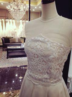 Wedding Dress(ウエディングドレス)NAEEM KHAN(ナイーム・カーン)03-8843 Naeem Khan, Wedding Dresses, Fashion, Bride Dresses, Moda, Bridal Gowns, Fashion Styles, Wedding Dressses