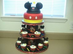 I like this cake for Ty's 5th birthday party since we will celebrate his birthday in Disney