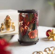 "The Maeva Store on Instagram: ""Do you see how the tea-light beautifully illuminates and highlights the dried flowers and the red-berries? The perfect accessory if you are…"" Red Berries, Home Decor Inspiration, Dried Flowers, Tea Lights, Coffee Maker, Highlights, Mugs, House Styles, Store"