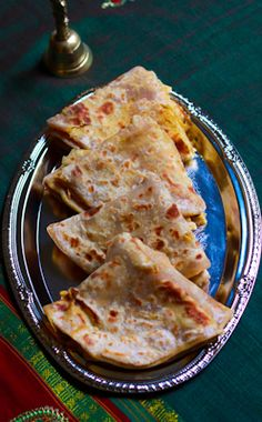 Puran Poli is a traditional type of Indian sweet flatbread in the states of Maharashtra, Gujarat, and Goa Goa Food, India Food, Indian Food Recipes, Asian Recipes, Ethnic Recipes, Puran Poli Recipes, Maharashtrian Recipes, Indian Flat Bread, Paratha Recipes