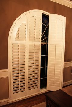 3 1 2 Quot Louvered Real Wood Arched Shutters With Decorative