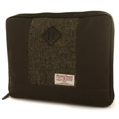56393c4d7e Harris Tweed Laptop Case (GW33) Stylish Harris Tweed Laptop case - suitable  for a