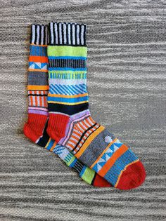 Hand knit unique multi color REVERSED washable wool socks. 1.1.1