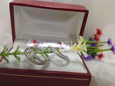 Argollas matrimoniales en plata ley 950 con circones