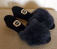 93d77e124ee69 133 Best Slippers for sale Ebay images in 2019   Fur collars ...