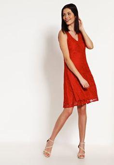 Wallis - Sukienka letnia - cherry