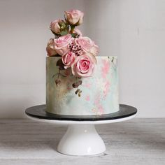 Gorgeous Wedding Cake Fresh Flowers Combo You Will Love – Bridezilla Flowers Beautiful Birthday Cakes, Gorgeous Cakes, Pretty Cakes, Cute Cakes, Amazing Cakes, Wedding Cake Fresh Flowers, Fresh Flower Cake, Flower Cakes, Wedding Cake Designs