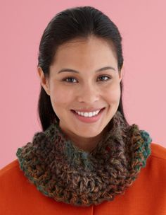45 Minute Cowl- This one includes some really good tips and explanations for beginners.