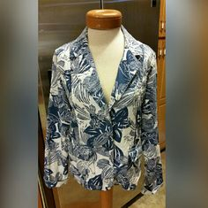 Coldwater Creek Jacket Size Large Coldwater Creek Jacket Size Large in a clean white and blue design.  Button down with 2 pockets on the front.  Feel free to ask any questions before purchasing. Thank you for shopping my closet! Coldwater Creek Jackets & Coats
