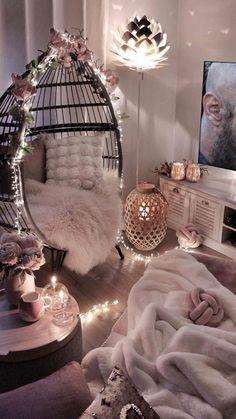 Cute Bedroom Decor, Bedroom Decor For Teen Girls, Room Design Bedroom, Girl Bedroom Designs, Stylish Bedroom, Room Ideas Bedroom, Decor Room, Cool Bedroom Ideas, Small Girls Bedrooms