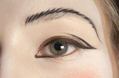 Makeup at Vivienne Westwood RTW S/S 2011