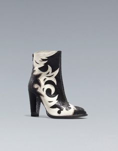 COWBOY ANKLE BOOTS WITH DETAILING - Shoes - Woman - ZARA United States