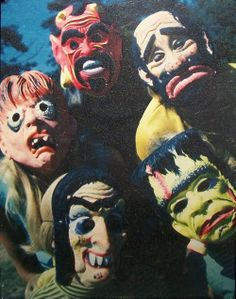 Creepy Classics News and Monster Bash Group 1960s Halloween, Vintage Halloween Photos, Creepy Halloween, Halloween Pictures, Halloween Masks, Fall Halloween, Happy Halloween, Halloween Decorations, Haunted Halloween