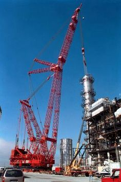 ptc-world-largest-mobile-crane1.jpg (319×480)