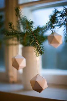 Kouttu: Nora: paperiset joulupallot, Christmas decoration