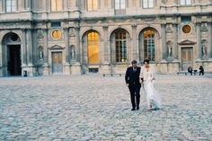 One morning in Paris, in the right place at the right time. #married #Paris #Louvre #vscocam