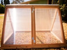 Finally a portable greenhouse with a good design -- and it sits perfectly on my raised garden beds too.
