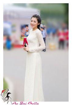 https://www.etsy.com/listing/160081842/ao-dai-trang-vietnam-traditional-dress?ref=market