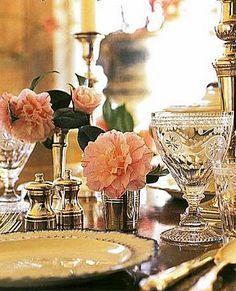 """Pretty Setting.....................  William Yeoward Crystal """"Pearl"""""""