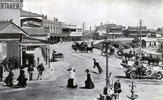 Katoomba in the Blue Mountains region of New South Wales in Mountain City, Blue Mountain, Cool Countries, Countries Of The World, Local Studies, City Library, Drinking Fountain, Street Lamp, Historical Images