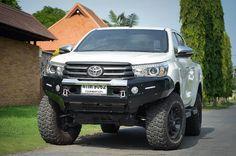 https://flic.kr/p/zLMNxE   Toyota Hilux Revo แต่งกันชนเหล็ก หน้า+หลัง โช้คอัพยกสูงจาก Profender   www.gpm4wd.com