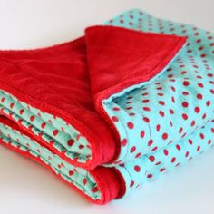 Aqua and Red Polka Dot Blanket Red Turquoise, Aqua Blue, Red And Blue, Red Cottage, Aqua Color, Colour, Baby Quilts, Crib Quilts, Red Christmas