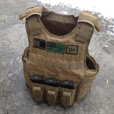 Manufacturer: Condor Outdoor – Tactical Gear Specifications Heavyweight 1000 Cordura webbing over the entire vest for modular attachments Internal sleeves for both soft armor and plate front and ba…