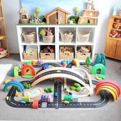 20 Creative Play Miniature Sets For Kid's Dream Room Play Spaces, Kid Spaces, Playroom Montessori, Waldorf Playroom, Grimms Rainbow, Small World Play, Playroom Organization, Playroom Ideas, Toy Rooms