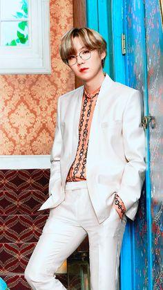 Min Yoongi Bts, Min Suga, Foto Bts, Agust D, Mixtape, Rapper, Min Yoonji, Album Bts, Kpop