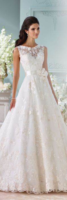 The David Tutera for Mon Cheri Spring 2016 Wedding Gown Collection - Style No. 116218 Kyra #laceweddingdress