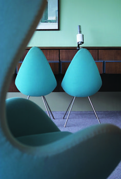 Arne Jacobsen, the Danish designer behind the famous Egg chair, was also a trained architect. He designed the SAS Air Terminal and Royal Hotel in Copenhagen and personally chose every single detail, including the doorknobs.