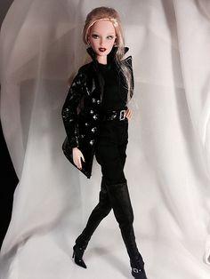 Femme Fatale. Chic Mystic. Dark Glamour | SHO | Flickr