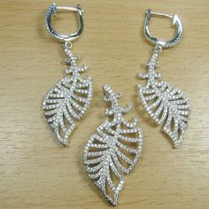 Massjewelry - Lovely Micro Setting White CZ 925 Sterling Silver Leaf Jewelry Set