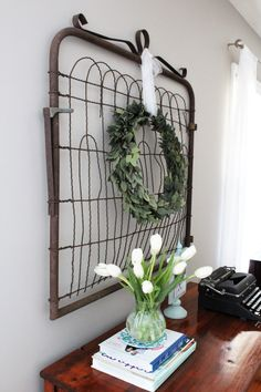 Vintage French Soul ~ From Trash to Treasure: Old Farmhouse Gate with a Simple Silk Huckleberry Wreath Country Farmhouse Decor, Farmhouse Chic, Farmhouse Design, Rustic Decor, Vintage Farmhouse, Industrial Farmhouse, Rustic Style, Old Gates, Old Farm Houses