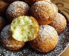 AranyTepsi: Egyszerű túrófánk Cornbread, Baked Potato, Muffin, Food And Drink, Potatoes, Sweets, Baking, Vegetables, Breakfast