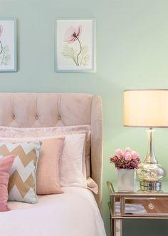 House of Turquoise: Miss Alice Designs - Bedroom Design Ideas Home Bedroom, Bedroom Wall, Girls Bedroom, Dream Bedroom, Master Bedroom, Turquoise Bedroom Decor, Bedroom Colors, Turquoise Furniture, Feminine Bedroom