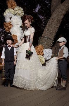 Bright steampunk dresses   ... Steampunk Dresses: The Gorgeous and Unique Steampunk Wedding Dresses