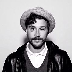 portugaltheman:  Gettin dirty with the throwback photo John Gourley