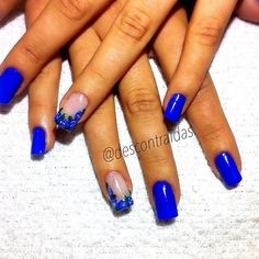 Love this electric blue Cute Acrylic Nails, Fun Nails, Pretty Nails, Nice Nails, Royal Blue Nails, Dark Blue Nails, Blue Nail Designs, Acrylic Nail Designs, Blue French Tips