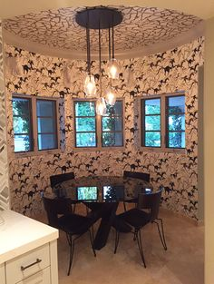 Kaley Cuoco's Redecorated Her Home With $3,450 Worth of Horse Wallpaper -- Check Out the Look!