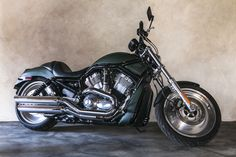 Harley Davidson V rod VRSCB painted with Pure & Original Classico Chalk paint and Ecosealer
