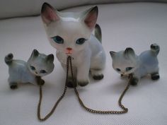 Vintage 1950s Cat and Her Two Kittens Vintage by Bizzard on Etsy