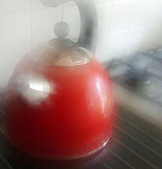red kettle La Cafetiere