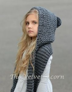 Knitting Pattern for Adult and Child Sized Hooded Scarf - The Tuft Hooded Scarf is a quick knit in super bulky yarn. Sizes are for months, Toddler, Child, Teen, AdultDiscover thousands of images about The Elwood Hooded Scarf crochet patternCollar Collar O Baby Knitting Patterns, Knitting For Kids, Crochet Patterns, Free Knitting, Diy Tricot Crochet, Crochet Baby, Crochet Summer, Double Crochet, Hooded Scarf Pattern