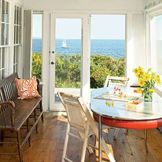Gorgeous floor, gorgeous bench, gorgeous view. When can I move in?