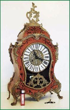 Reloj Boulle vintage en fantástico estado funciona muy bien 58 cm. - Foto 1 Mantle Clock, Clocks, Watches, History, Antiques, Desk Clock, It Works, Crystals, Objects