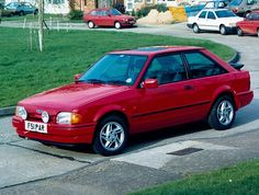 1989 Ford Escort XR3i Had one almost identical, lasted 3 days, #stolen #80s style