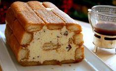 Iced tiramisu cake Ingredients: of boudoirs a large cup . Italian Pastries, Italian Desserts, Cafe Moka, Dessert Drinks, Dessert Recipes, Desserts With Biscuits, Tiramisu Cake, Hungarian Recipes, Pie Cake
