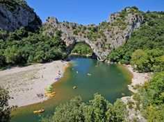 9 Stunning Natural Bridges and Arches. The Pont d'Arc is a large natural bridge, located in the Ardèche département in the south of France, 5 km from the town of Vallon-Pont-d'Arc. The arch, carved out by the Ardèche River, is 60 m wide and 54 m high. California Beach Camping, Florida Camping, Best Places To Travel, Places To Visit, Provence, Gran Tour, Grand Canyon, Natural Bridge, Visit France